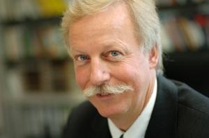 Universität Stuttgart, Institut für Siedlungswasserbau, Wassergüte- und Abfallwirtschaft. Portrait Institutsleiter Prof. Dr.-Ing. Martin Kranert